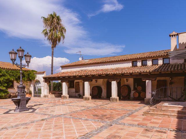 La boda de John y Mary Luz en Vila-seca, Tarragona 3