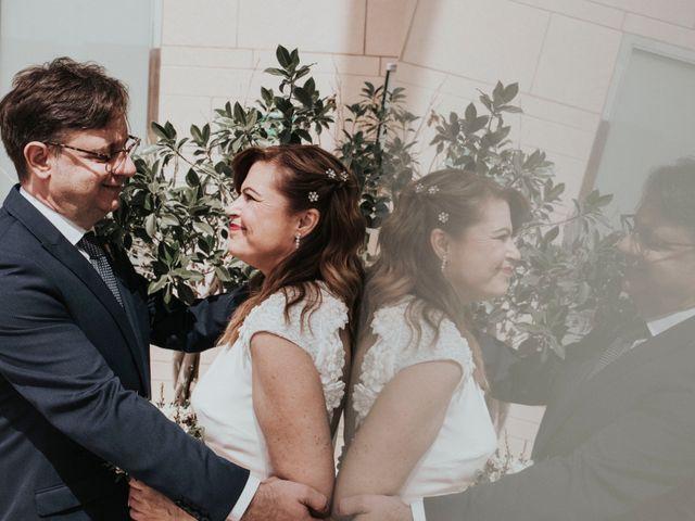 La boda de Atanasio y Inma en Almería, Almería 40