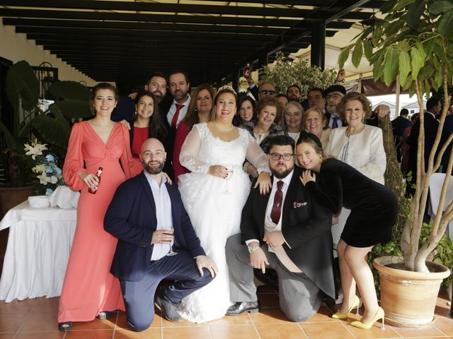 La boda de Clara y Antonio en Alcala Del Rio, Sevilla 15
