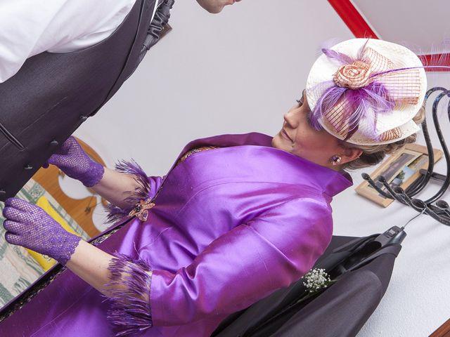 La boda de Rafael y Magdalena en Torre De La Reina, Sevilla 1