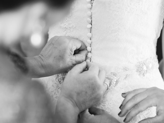 La boda de Tim y Lesly en Oleiros, A Coruña 27