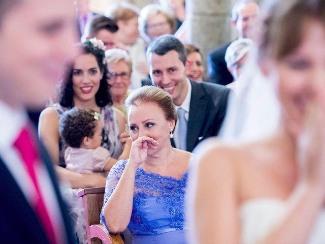La boda de Tim y Lesly en Oleiros, A Coruña 50