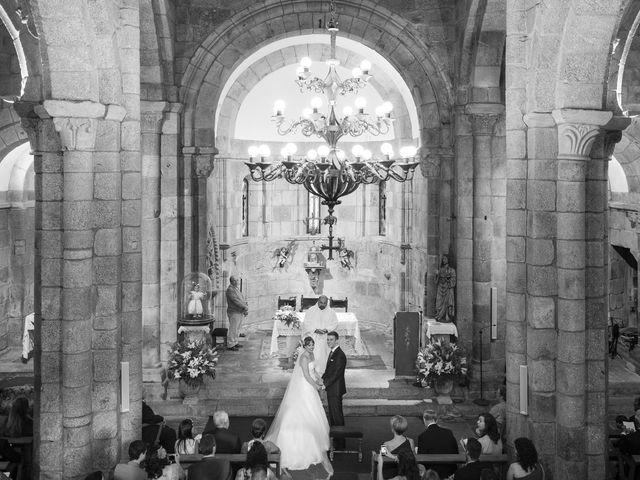 La boda de Tim y Lesly en Oleiros, A Coruña 52