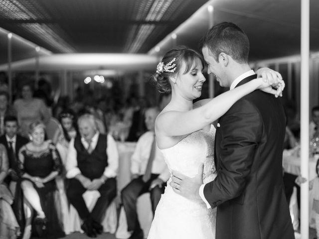 La boda de Tim y Lesly en Oleiros, A Coruña 90