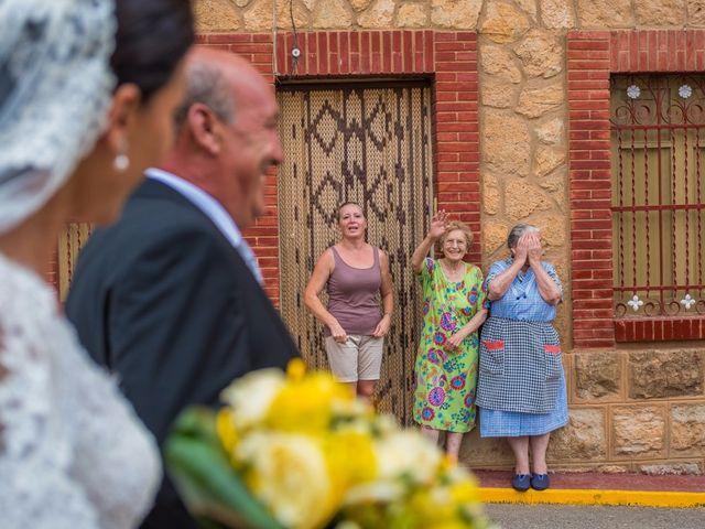 La boda de Carlos y Maria en Teruel, Teruel 13