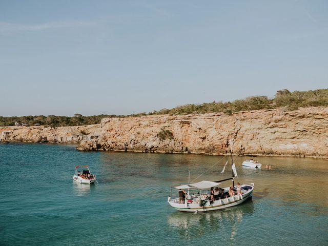 La boda de Dani y Carmen en Cala Conta, Islas Baleares 24