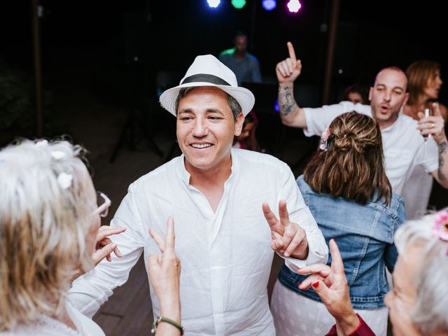 La boda de Dani y Carmen en Cala Conta, Islas Baleares 49