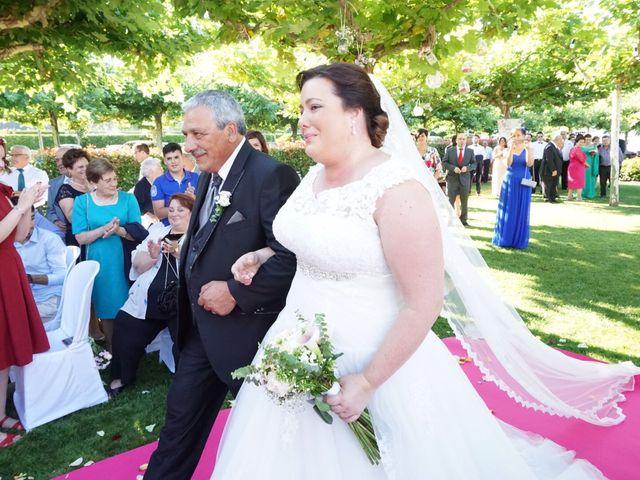 La boda de Javi  y Laura  en Santiago De Compostela, A Coruña 1