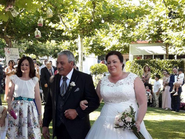 La boda de Javi  y Laura  en Santiago De Compostela, A Coruña 18