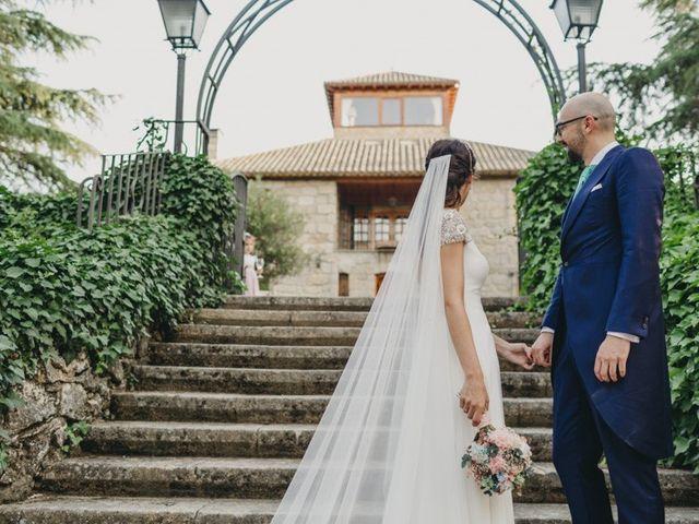 La boda de Miguel y Carolina en Madrid, Madrid 30