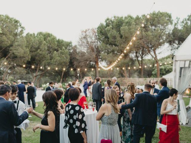 La boda de Miguel y Carolina en Madrid, Madrid 32