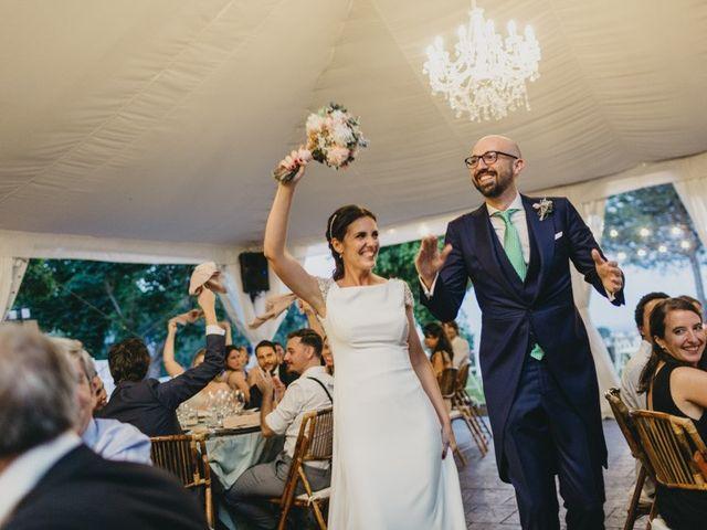 La boda de Miguel y Carolina en Madrid, Madrid 36