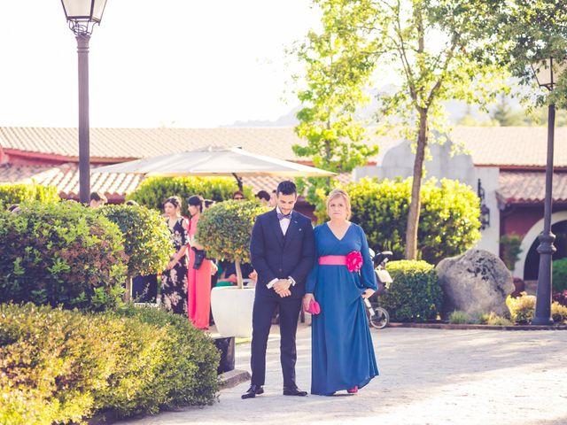 La boda de Victor y Iratxe en Miraflores De La Sierra, Madrid 28