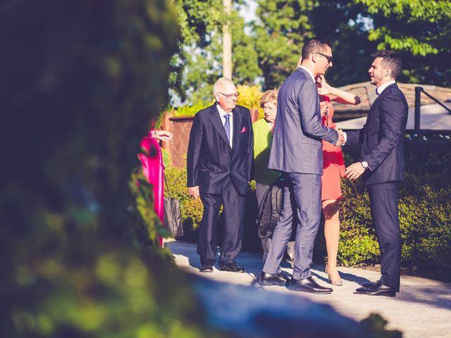 La boda de Victor y Iratxe en Miraflores De La Sierra, Madrid 30