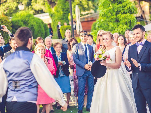 La boda de Victor y Iratxe en Miraflores De La Sierra, Madrid 54