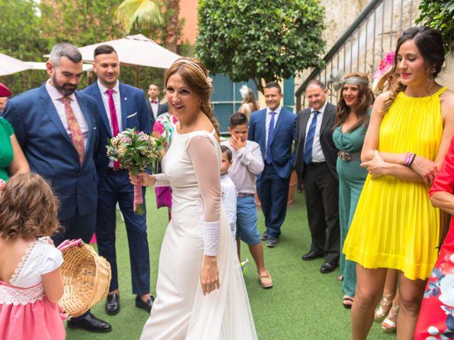 La boda de Angel y Miriam en Jerez De La Frontera, Cádiz 22