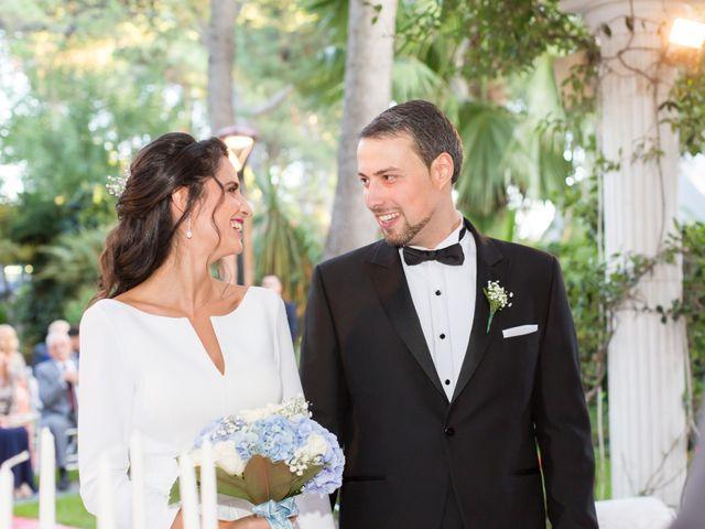 La boda de Sandra y Oscar en Madrid, Madrid 21