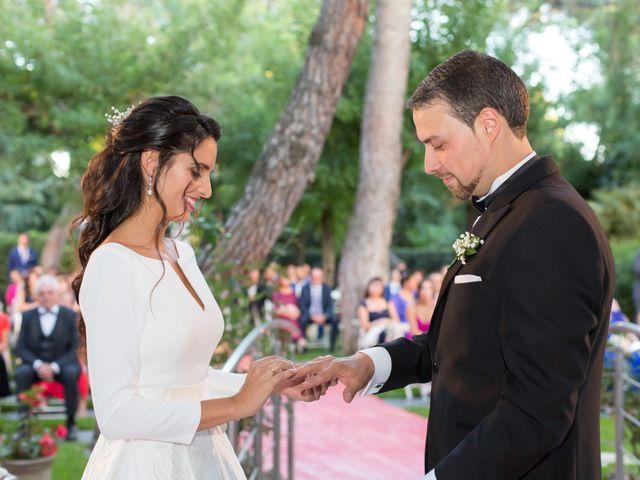 La boda de Sandra y Oscar en Madrid, Madrid 27
