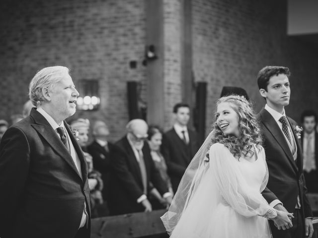 La boda de Jorge y Gabriela en San Agustin De Guadalix, Madrid 141