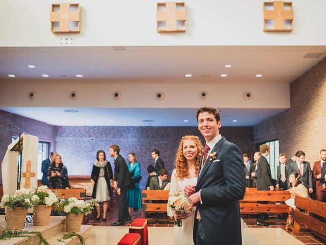 La boda de Jorge y Gabriela en San Agustin De Guadalix, Madrid 160