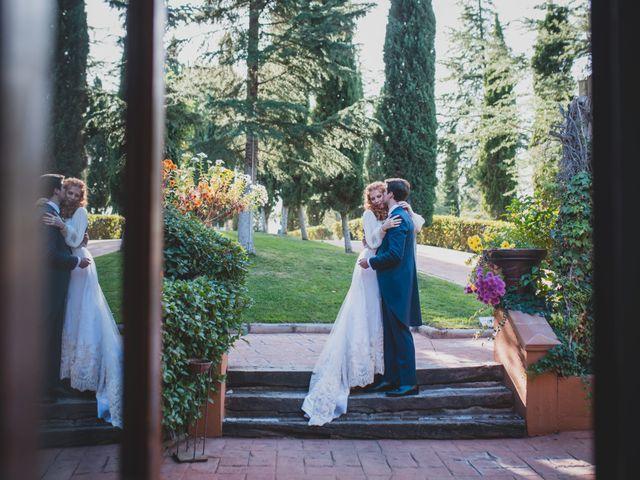 La boda de Jorge y Gabriela en San Agustin De Guadalix, Madrid 239