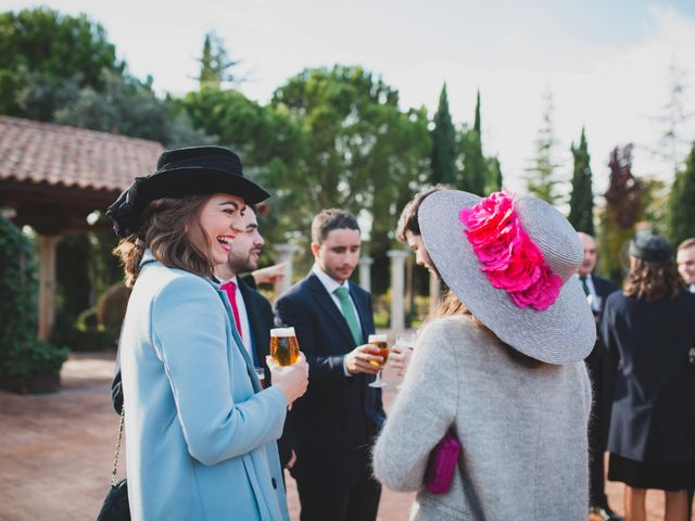 La boda de Jorge y Gabriela en San Agustin De Guadalix, Madrid 260