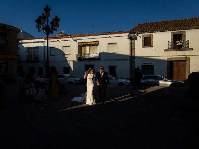 La boda de Iván y Alejandra en Zalamea De La Serena, Badajoz 23