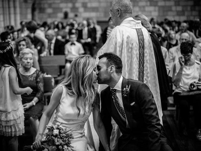 La boda de Quique y Ainara en Forua, Vizcaya 26