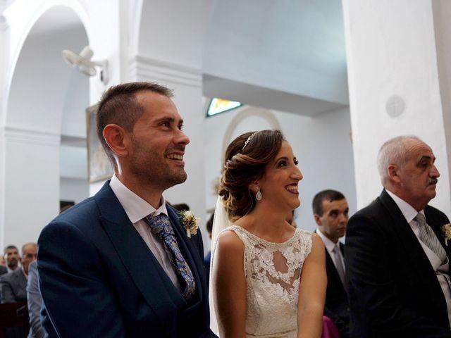 La boda de Luis y María Esther en Barbate, Cádiz 13