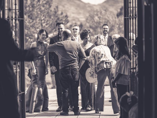 La boda de Iván y Marta en Miraflores De La Sierra, Madrid 35