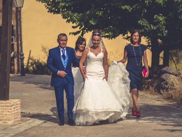 La boda de Iván y Marta en Miraflores De La Sierra, Madrid 37