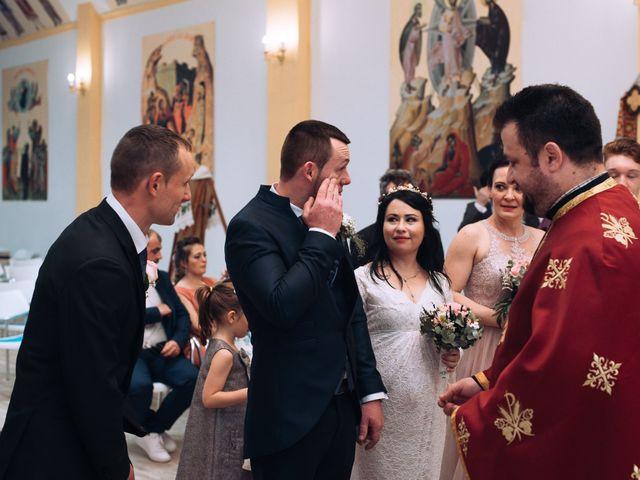 La boda de Daniel y Roxana en Santpedor, Barcelona 37