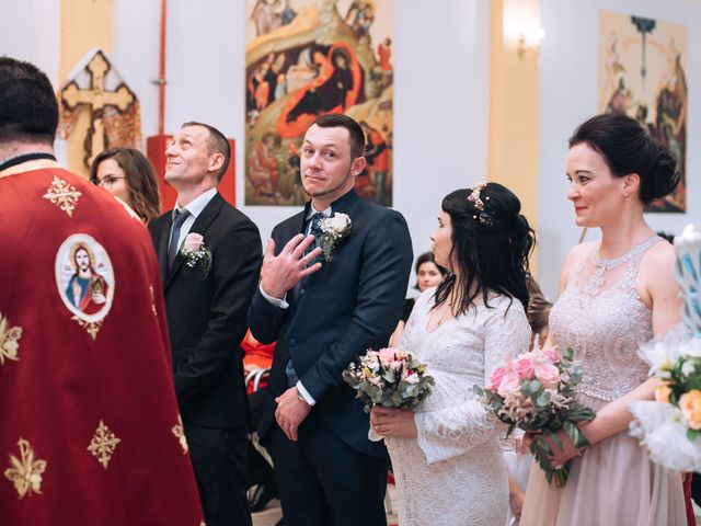 La boda de Daniel y Roxana en Santpedor, Barcelona 46