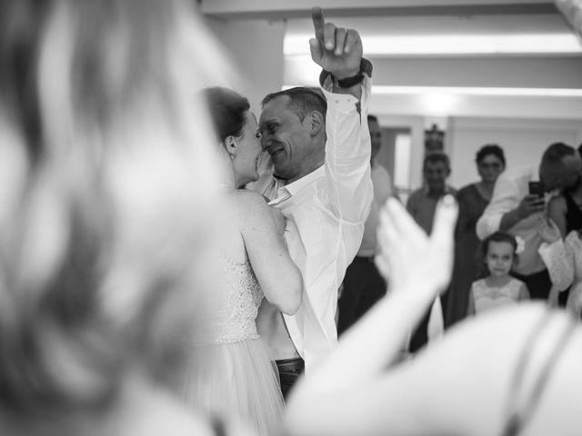 La boda de Daniel y Roxana en Santpedor, Barcelona 141