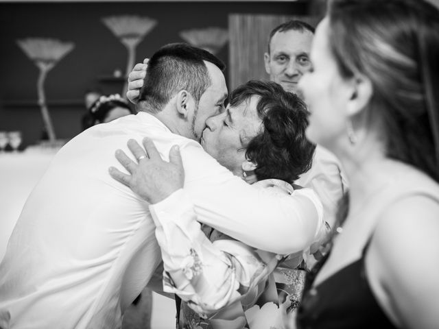 La boda de Daniel y Roxana en Santpedor, Barcelona 144