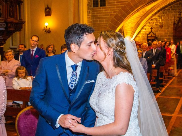 La boda de Joseba y María en Pamplona, Navarra 29