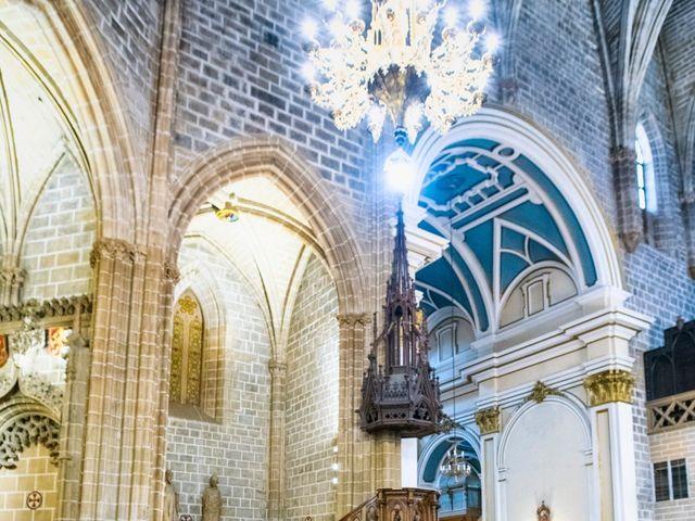 La boda de Joseba y María en Pamplona, Navarra 33