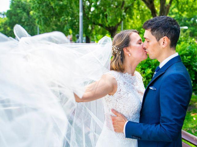 La boda de Joseba y María en Pamplona, Navarra 38