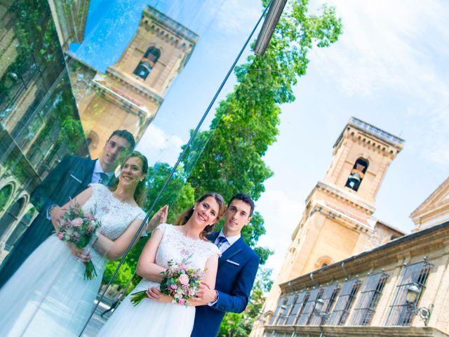 La boda de Joseba y María en Pamplona, Navarra 41