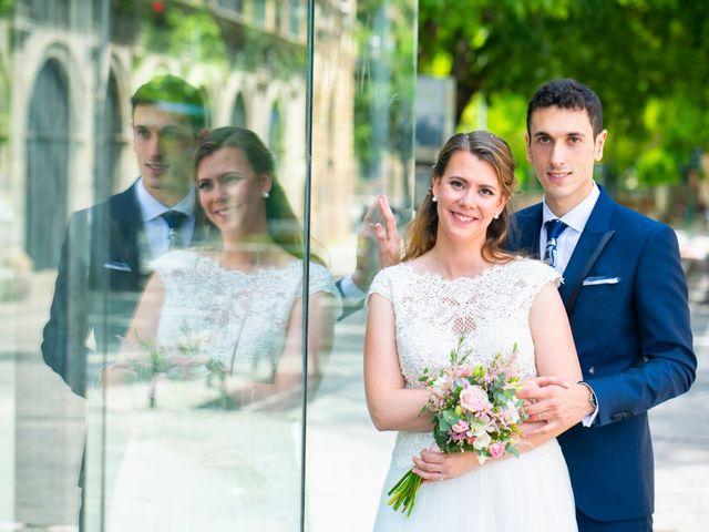 La boda de Joseba y María en Pamplona, Navarra 42