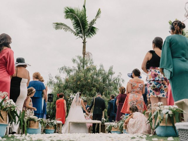 La boda de Adrián y Macu en La Orotava, Santa Cruz de Tenerife 25