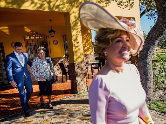 La boda de Victoria y Fran en Alamillo, Ciudad Real 9