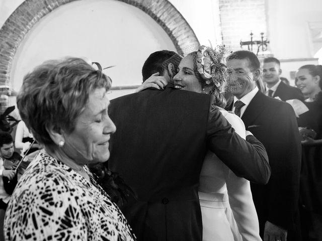 La boda de Victoria y Fran en Alamillo, Ciudad Real 22