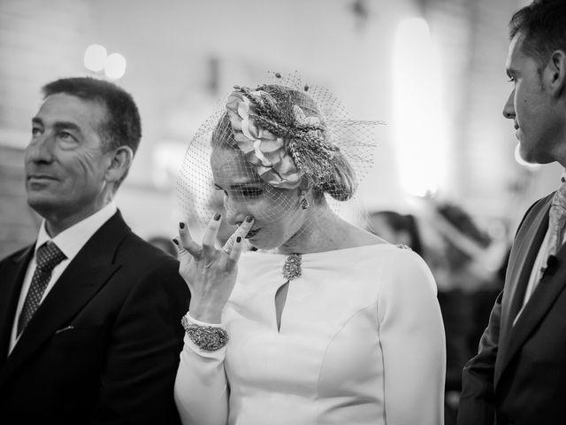 La boda de Victoria y Fran en Alamillo, Ciudad Real 24