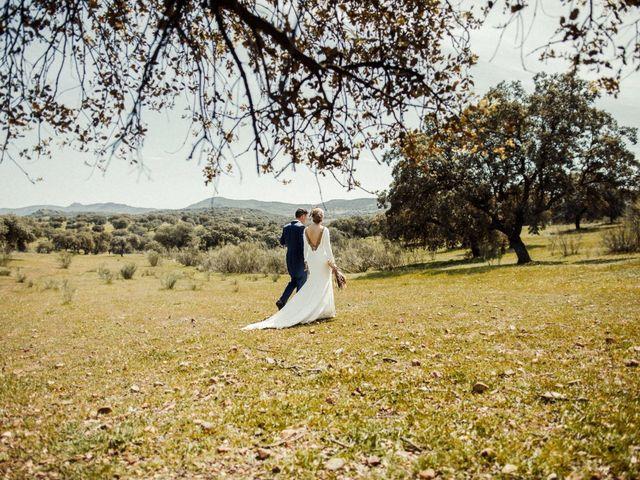 La boda de Victoria y Fran en Alamillo, Ciudad Real 34