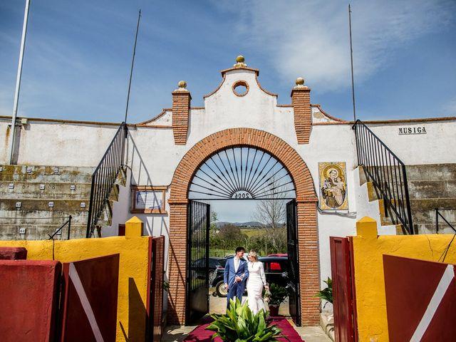 La boda de Victoria y Fran en Alamillo, Ciudad Real 38