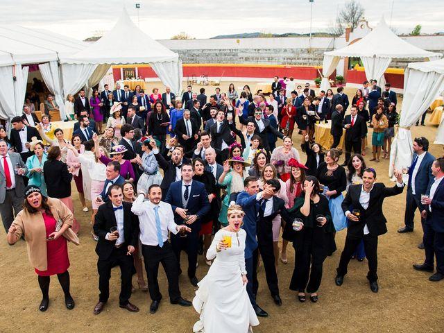 La boda de Victoria y Fran en Alamillo, Ciudad Real 49