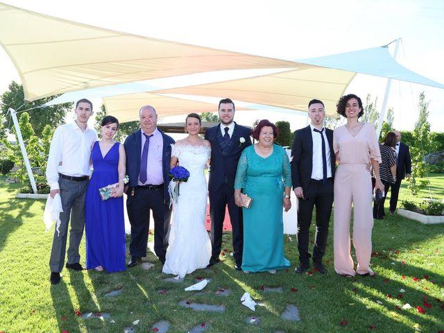 La boda de Alvaro y Sandra en Mozarbez, Salamanca 9