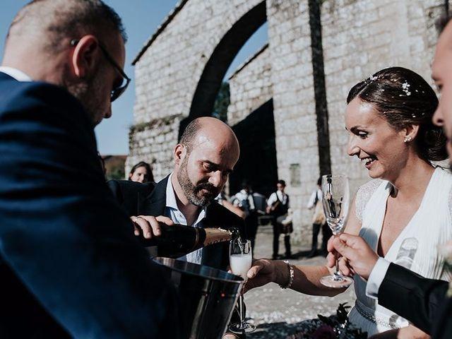 La boda de Gonzalo y Cristina en Santiago De Compostela, A Coruña 16