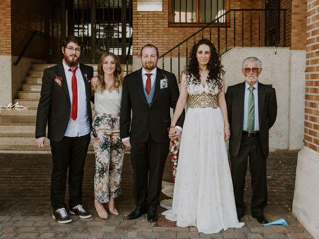 La boda de Alejandro y Laura en Santa Maria Del Paramo, León 1